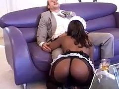 Ebony housemaid sucks rod