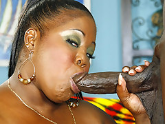 Pole smoking black MILF getting her pussy pounded