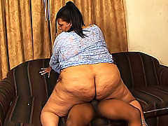 Light skinned black BBW's ass claps as she rides his prick