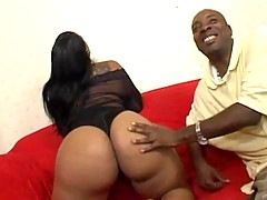 Ebony honey fucking hard with dude in free video